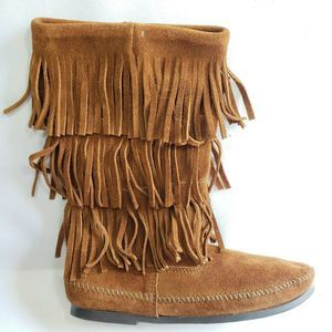 Minnetonka Suede Fringe Moccasin 3 Layers Boots